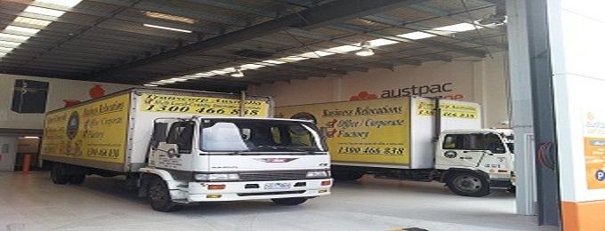 Self Storage Removal Truck Web Site Picture